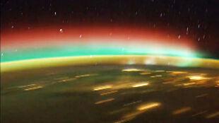 Kolorowa i tajemnicza. Ziemia z kosmosu, jakiej nie znacie