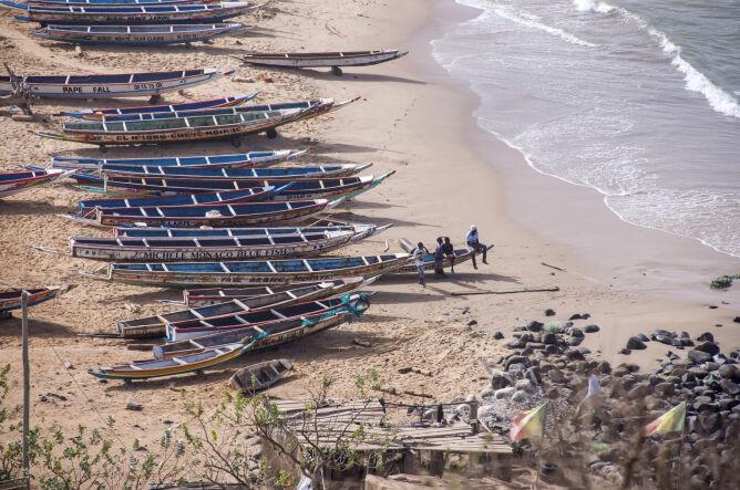 Łodzie rybackie w pobliżu stolicy Senegalu (Shutterstock)